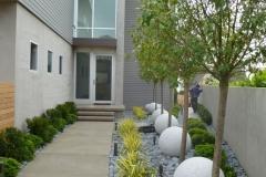 contemporary-landscape-yard-with-rock-garden-i_g-ISdca4c9epakq20000000000-uhXUo